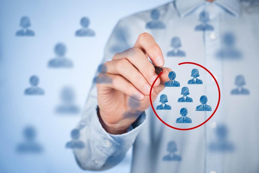 Como definir e segmentar seu público-alvo? Entenda!